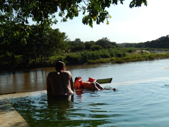 Naledi Bushcamp and Enkoveni Camp: swimming pool