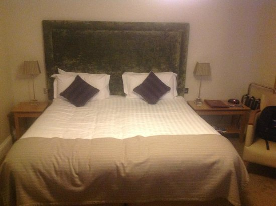 BEST WESTERN PLUS Wroxton House Hotel: Bedroom
