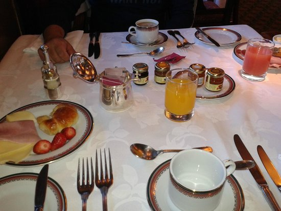 Llao Llao Hotel and Resort, Golf-Spa : Excelencia y variedad en sus desayunos
