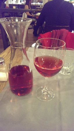 Mussol Arago : Rose Wine with Pre Fixe