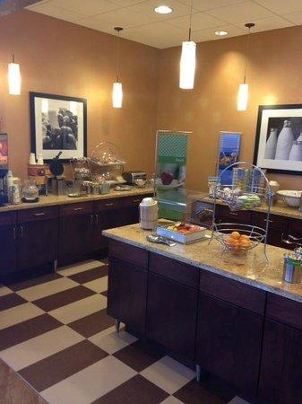 Hampton Inn Marquette/Waterfront: Breakfast area