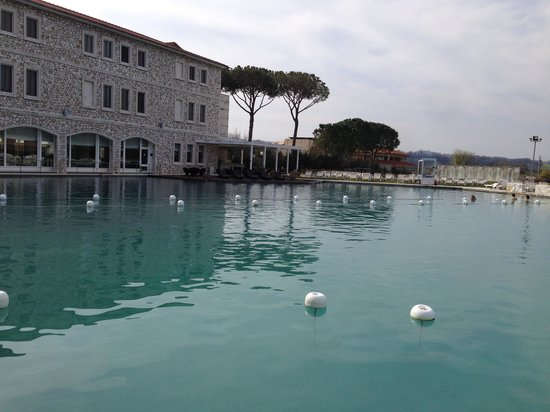 Terme di Saturnia Spa & Golf Resort : Le terme