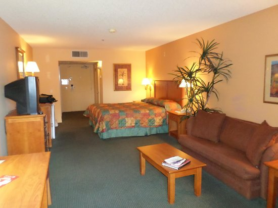 Miracle Springs Resort and Spa: big bedrooms
