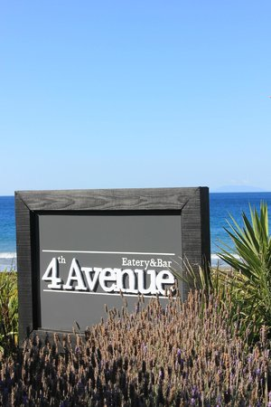 4th Avenue Eatery & Bar: Hauraki Gulf fom 4th Avenue