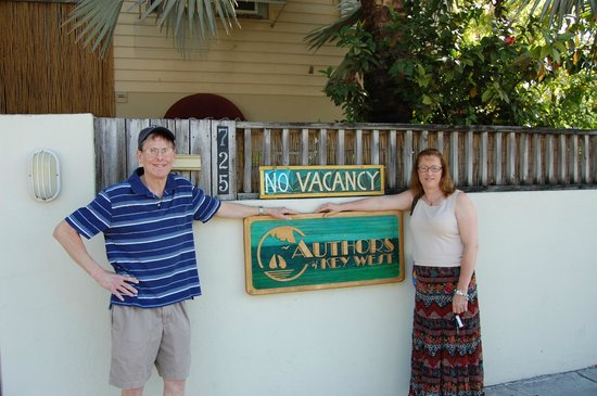 Authors Key West Guesthouse: Happy Guests