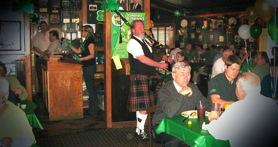 St Patrick S Day At Vtg Restaurant In Carol Stream