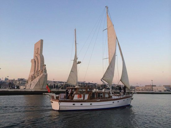 Halcyon I Lisbon Boat Tours