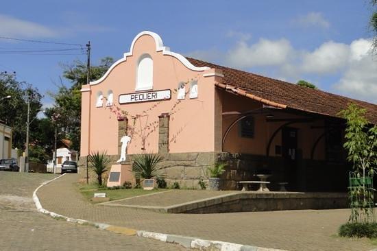 Antiga Estação Ferroviária, Pequeri - MG (Fonte: Acervo Urbanismomg)