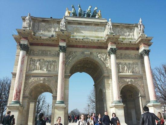 Arc de Triomphe du Carrousel: :)