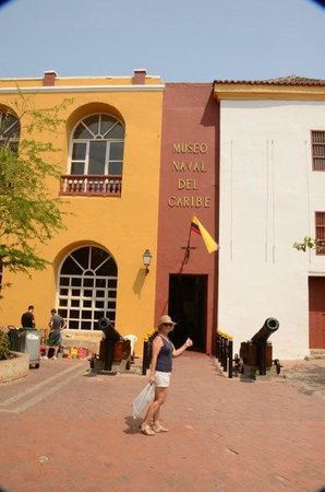 Naval Museum of the Caribbean : In front of the museum...