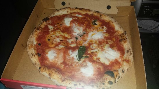 What A Real Authentic Neapoltian Pizza Should Look Like