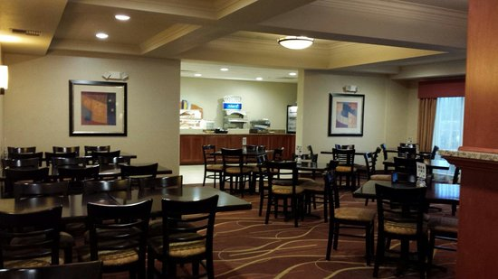 Holiday Inn Express Suites Chehalis - Centralia: Dining room