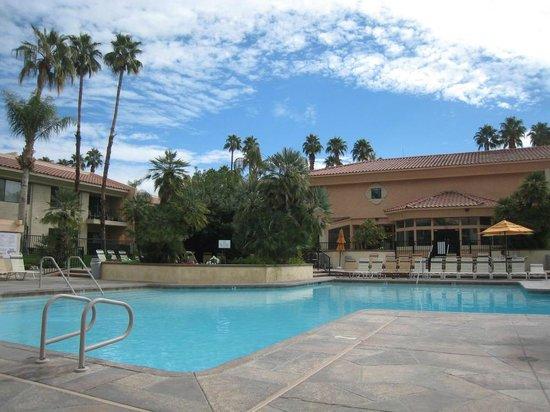 Welk Resorts Palm Springs : the pool