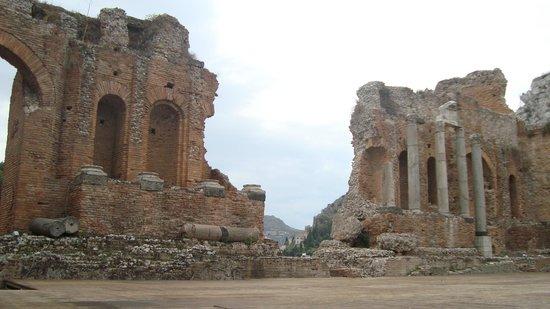 Ancient Theatre of Taormina : Teatro antiguo de Taormina