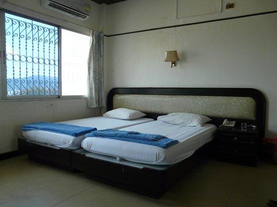 Photo of Queen Hotel Songkhla
