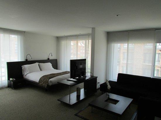 Hotel Richmond Suites: Full Suite 302