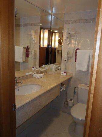 Crowne Plaza Moscow World Trade Centre: чудесная ванная комната
