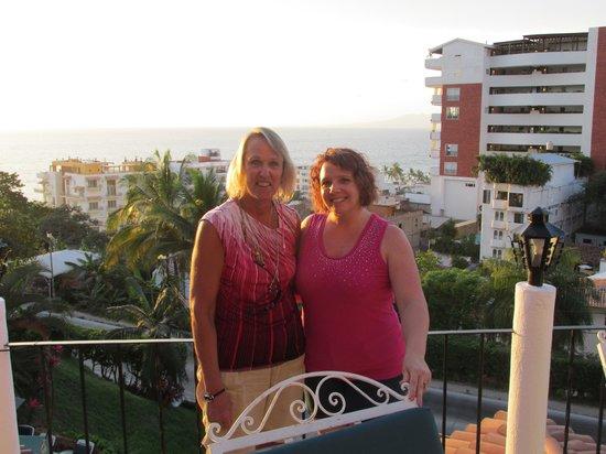 Casa Anita y Corona del Mar: Sonia & Patti