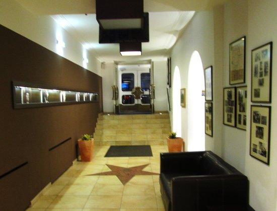 Altstadthotel Kasererbräu: Entrance from inside