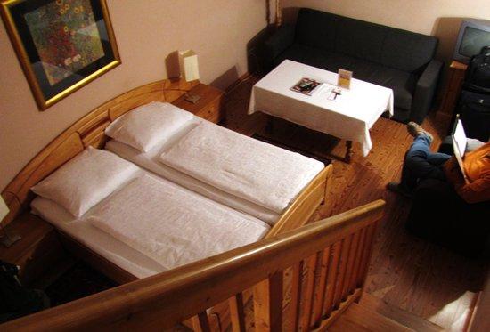 Altstadthotel Kasererbräu: Room from Loft