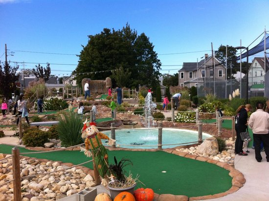 Huntington Station, État de New York : MINI GOLF