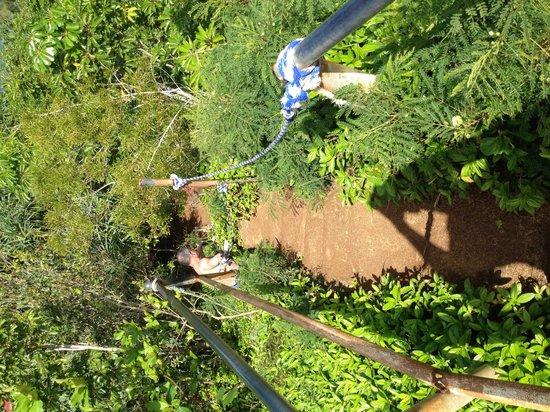 Pali Ke Kua Beach (Hideaway s Beach): Railings to rope