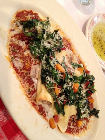 Maggiano's Little Italy: Smoked Brisket Cannelloni