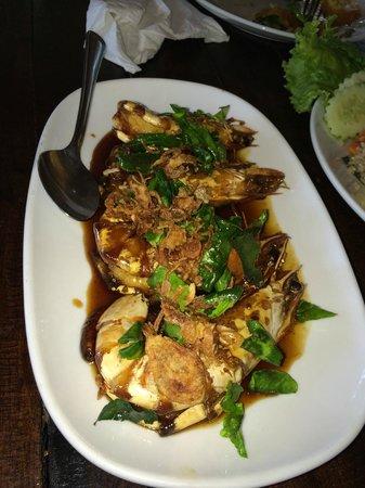 Kin Dee Restaurant: Prawns with tamarind sauce