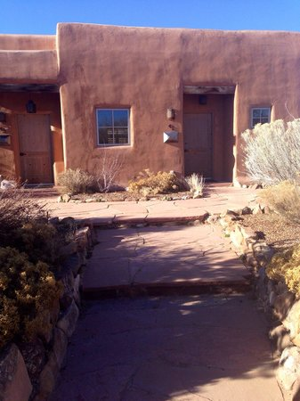 Ojo Caliente Mineral Springs Resort and Spa: Pueblo suite #42 is corner unit.