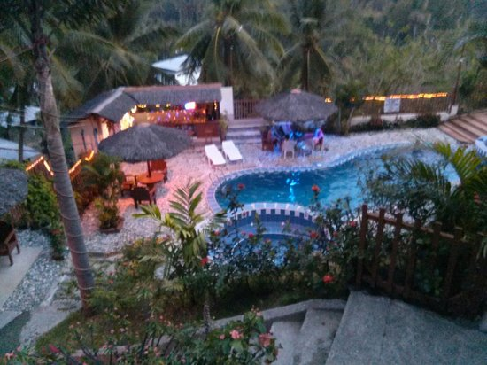 Tribal Hills Mountain Resort : The pool area at dawn...