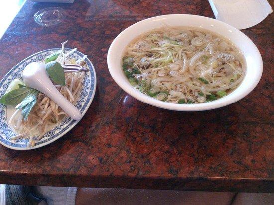 Pho Vinh: Pho with brisket