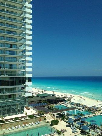 Hard Rock Hotel Cancun Secrets Next Door Beach