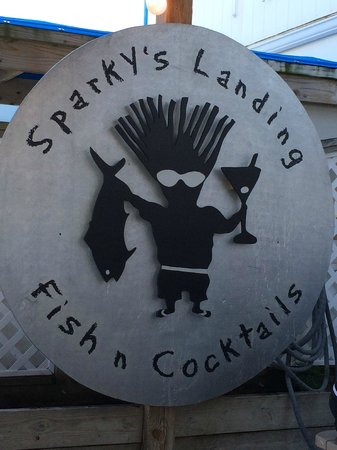 Sparky's Landing Fish and Cocktails: Great logo