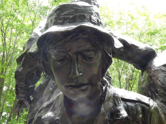"""Vietnam Veterans Memorial: """"Monumento a las Mujeres de la Guerra de Vietnam"""""""