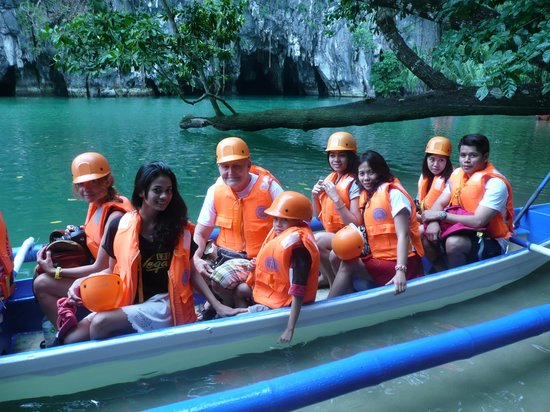Citadel Bed and Breakfast: Trip to Sabang (Underground River)