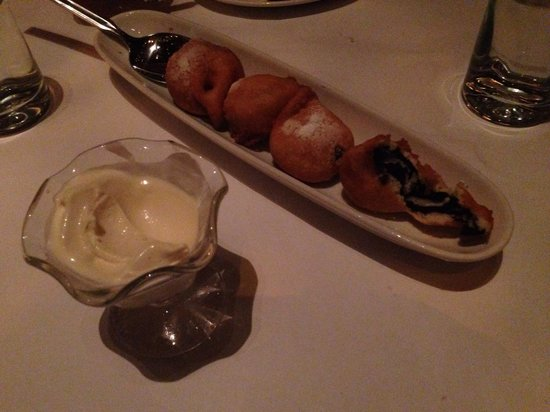 Lavo Restaurant: Deep fried Oreo cookies, so delicious!