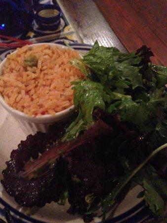 Casa Romero: Salad and rice side
