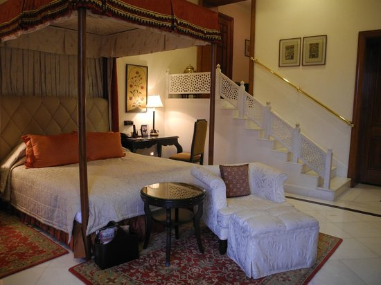 Rambagh Palace: my room ... gorgeous ... note marble stairs