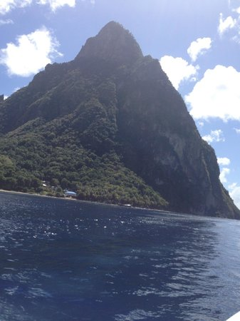 Cosol Tours: pitons by speedboat