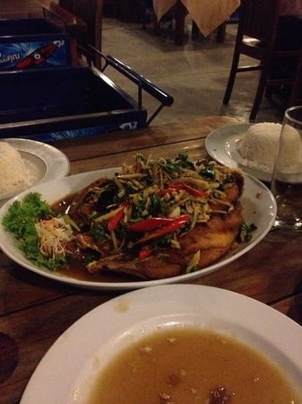 Sabeinglae Restaurant: Red snapper with thai herbs
