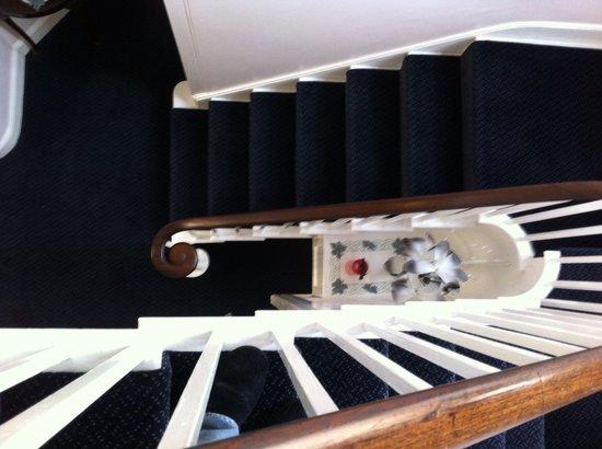 Penrose Guest House : stairway