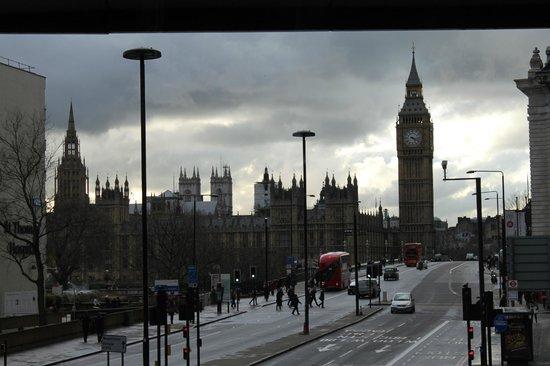 Park Plaza Westminster Bridge London : Uitzicht ligging