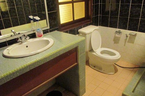 Kampung Tok Senik Resort Langkawi: inside 3
