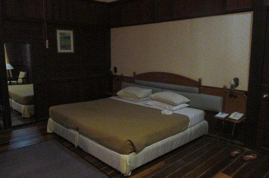 Kampung Tok Senik Resort Langkawi: bed