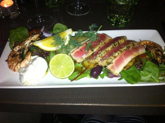 Caleo: Delicious tuna & prawns