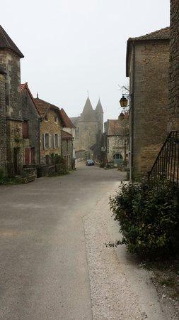 Château de Châteauneuf-en-Auxois : Gatubild