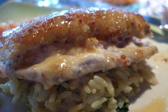 Mama's Fish House : Macademia Nut Crusted Mahi Mahi
