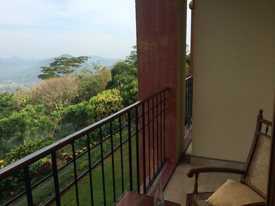 Amaya Hills : room view