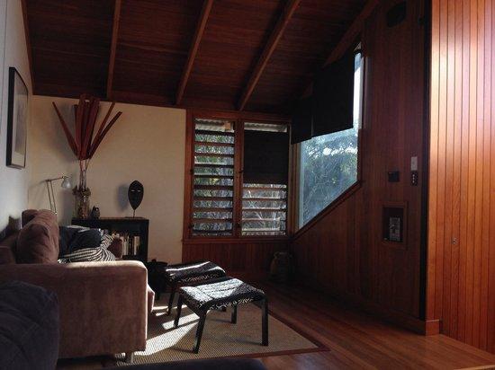 The Oasis Resort & Treetop Houses: Upstairs living space, lorikeet treetop house