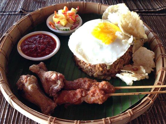 Qunci Villas Hotel : Nasi Goreng Lunch at Quali